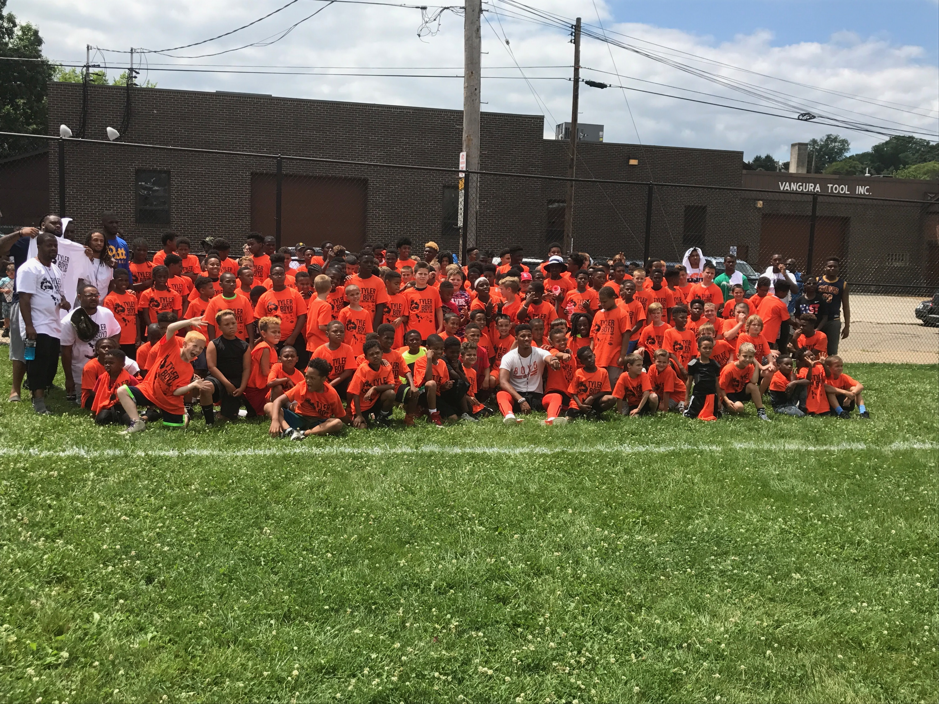 official photos 0a333 4598c Tyler Boyd Gives Back to the Community in First Annual Youth ...